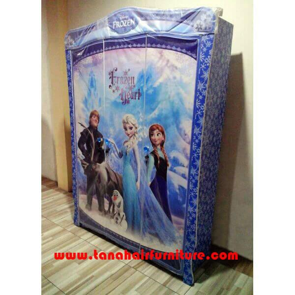 Lemari Pakaian 3 pintu Frozen Snow Flakes