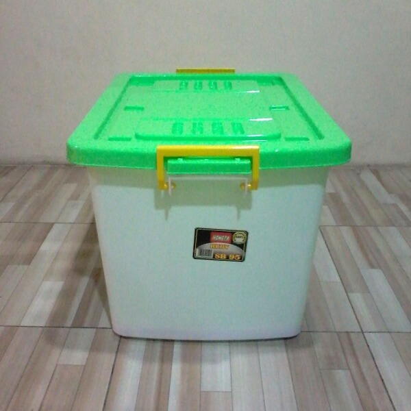 Container Plastik Hongta 95 Liter