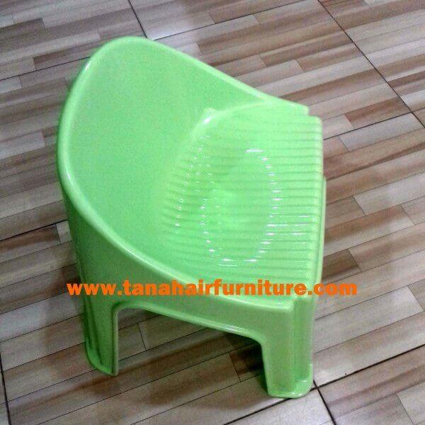 Kursi Plastik Anak Akako