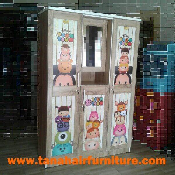 Lemari Pakaian 3 Pintu Tsum Tsum