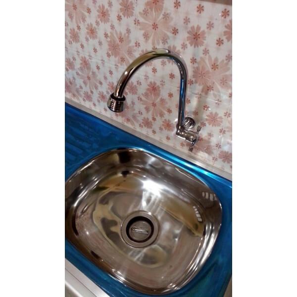 Rak  Cuci  Piring  Aluminium  bak cuci  dan keran lebih dekat